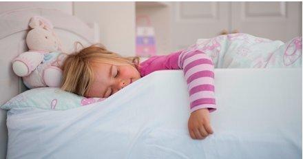 The-Bed-Bumper-Protection-en-mousse-pour-lit-de-bb-et-denfant-Grande-taille-150-cm-0